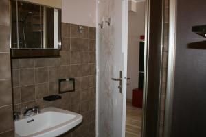 Appartement Le Chantilly 6, Apartmány  Cagnes-sur-Mer - big - 11