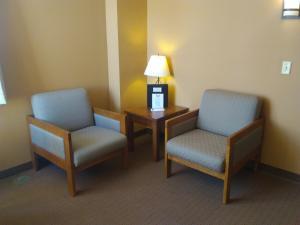 Prairie Inn & Suites, Hotels  Holmen - big - 18
