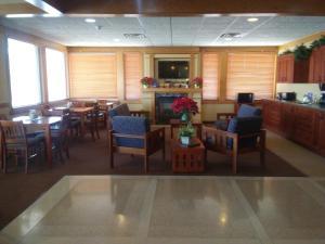 Prairie Inn & Suites, Hotels  Holmen - big - 6