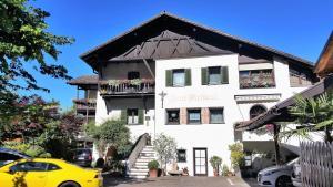 Garni Meinrad, Guest houses  Ora/Auer - big - 1