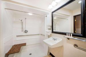 Double Room - Disability Access - Non-Smoking