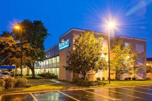 Baymont Inn And Suites Louisville