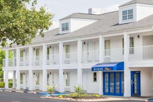 Baymont Inn and Suites Anderson-Clemson