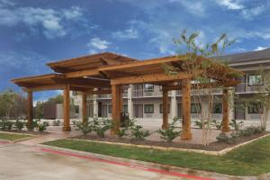 Baymont Inn and Suites Bryan College Station