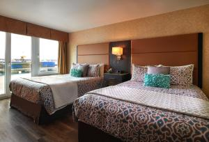 The Lonsdale Quay Hotel, Hotel  North Vancouver - big - 14