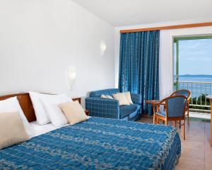 Bluesun Hotel Marina, Hotely  Brela - big - 3