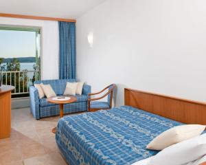 Bluesun Hotel Marina, Hotely  Brela - big - 2