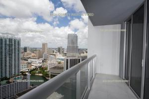 2B/2B Exquisite Waterview 00829, Apartments  Miami - big - 6