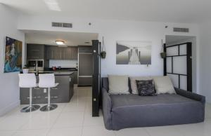 2B/2B Exquisite Waterview 00829, Apartments  Miami - big - 21