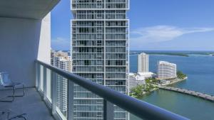 2B/2B Exquisite Waterview 00829, Apartments  Miami - big - 22