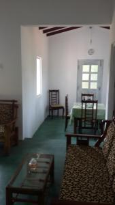 Volunteer House, Проживание в семье  Nakandalagoda - big - 5