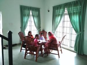 Volunteer House, Проживание в семье  Nakandalagoda - big - 14