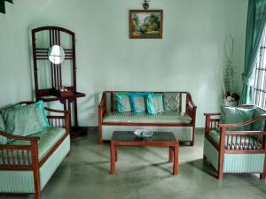Volunteer House, Проживание в семье  Nakandalagoda - big - 16