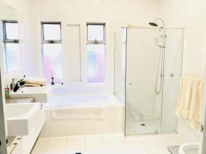 Ann's at Campbelltown, Bed and Breakfasts  Campbelltown - big - 5