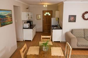 Two-Bedroom Cottage 2