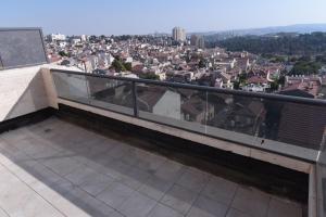 Shukenyon, Appartamenti  Gerusalemme - big - 1