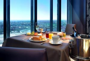 Eurostars Madrid Tower, Hotels  Madrid - big - 29