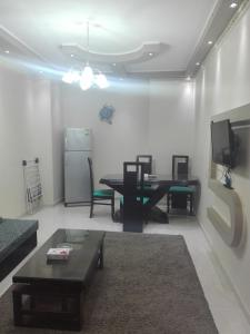 Sidi Bishr Furnished Apartments - Adnan Madnei 1 (Families Only), Apartmány  Alexandria - big - 76