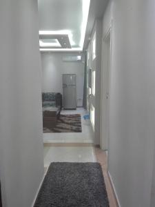 Elsraya Studios and Apartments (Families Only), Apartmanok  Alexandria - big - 79