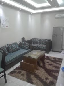 Elsraya Studios and Apartments (Families Only), Apartmanok  Alexandria - big - 81
