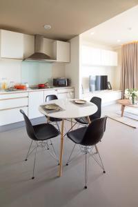 Mattani Suites, Апартаменты  Бангкок - big - 32