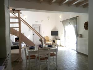 Villa Myrto, Villas  Alonnisos Old Town - big - 31