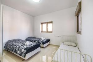 Cozy and Modern 3BR, Apartmány  Jeruzalém - big - 7