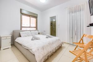 Cozy and Modern 3BR, Apartmány  Jeruzalém - big - 8