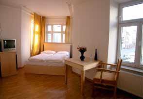 Pension TILLO, Vendégházak  München - big - 12