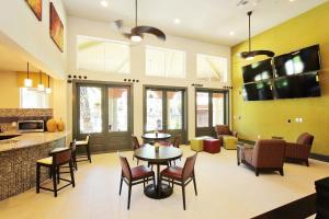 Midtown Modern Luxury B4, Apartmanok  Houston - big - 11