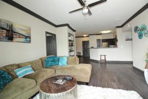 Midtown Modern Luxury B4, Apartmanok  Houston - big - 23