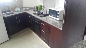 Marlborough Beachfront Apartments, Apartmány  Durban - big - 129