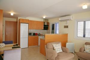 Ambelones Apartments, Апартаменты  Писсури - big - 51