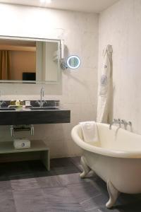 Hotel Hospes Maricel & Spa (32 of 102)