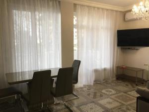 Apartment at Shmidta 6, Apartmány  Gelendzhik - big - 53