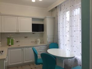 Apartment at Shmidta 6, Apartmány  Gelendzhik - big - 54