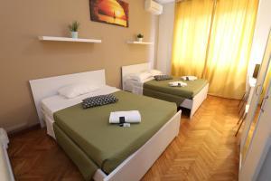 Guest House Pirelli Milano - AbcAlberghi.com