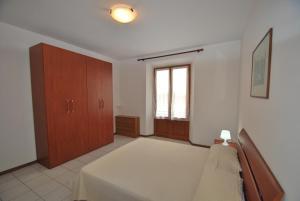La Piazzetta, Апартаменты  Кампо-нель-Эльба - big - 10