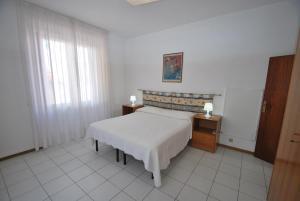 La Piazzetta, Апартаменты  Кампо-нель-Эльба - big - 26