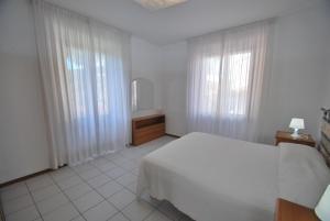 La Piazzetta, Апартаменты  Кампо-нель-Эльба - big - 27