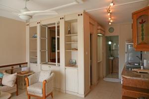 Ambelones Apartments, Апартаменты  Писсури - big - 83