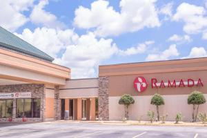 Ramada West Macon