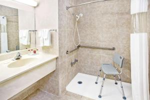 Double Room with Two Double Beds - Disability Access - Non-Smoking