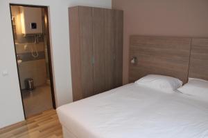 Studio ApartCity, Aparthotels  Braşov - big - 24