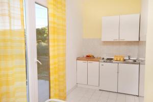 Apartment Sukosan 5799a, Apartmány  Bibinje - big - 5