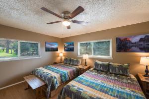 Voyager, Holiday homes  Oakhurst - big - 9