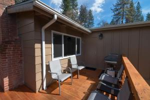 Voyager, Holiday homes  Oakhurst - big - 7