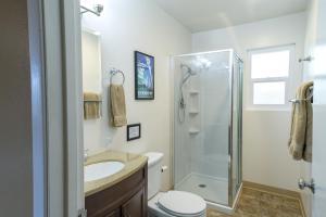 Voyager, Holiday homes  Oakhurst - big - 13