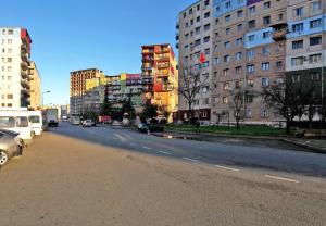 Kaxa apartment on Agmashenebeli 15, Apartmány  Batumi - big - 14