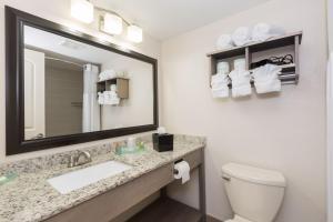 Carolinian Beach Resort, Hotely  Myrtle Beach - big - 5